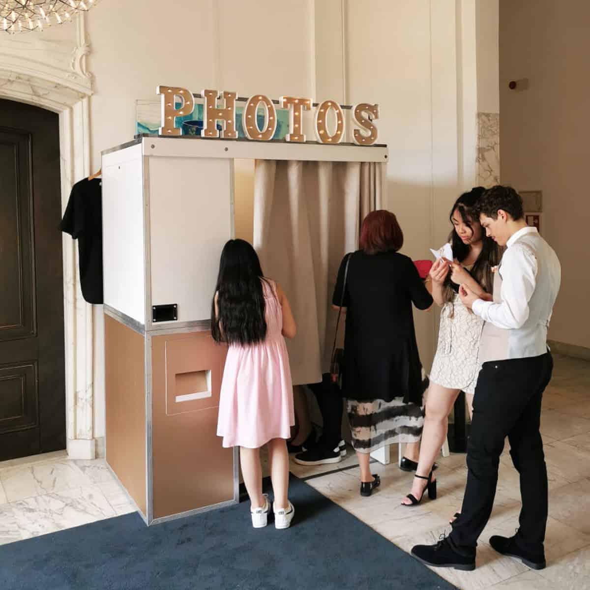 Fotohokje photobooth huren amsterdam