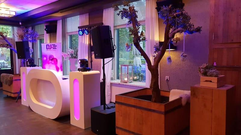 Bruiloft DJ en Enschede op een bruiloft