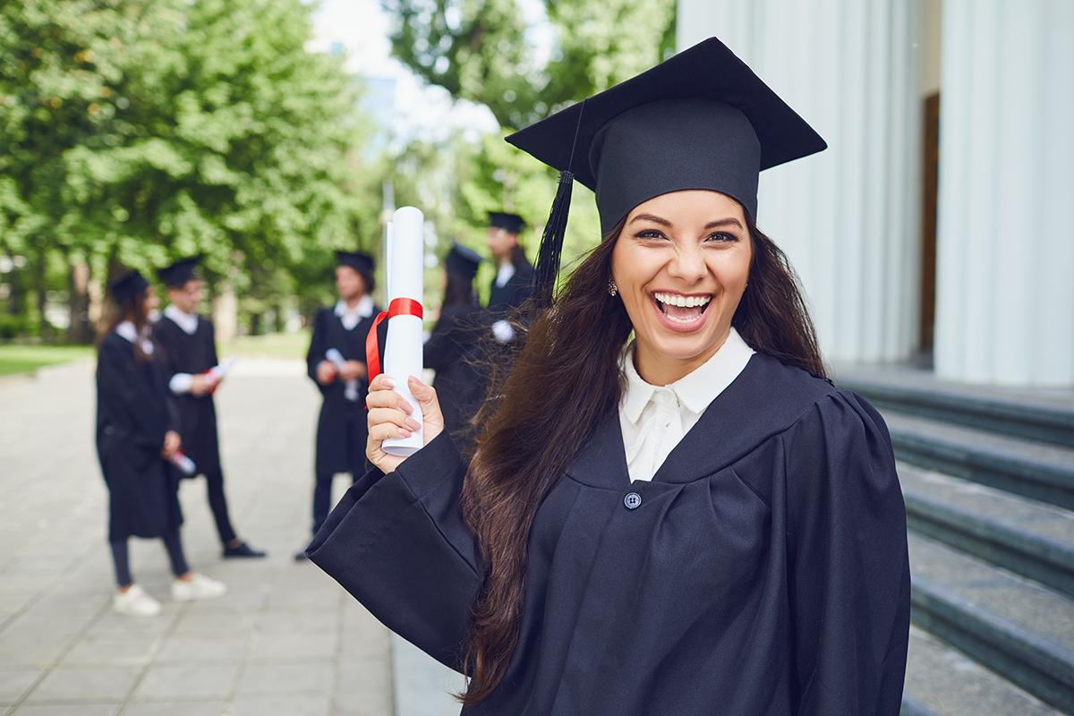 diplomering diploma uitreiking