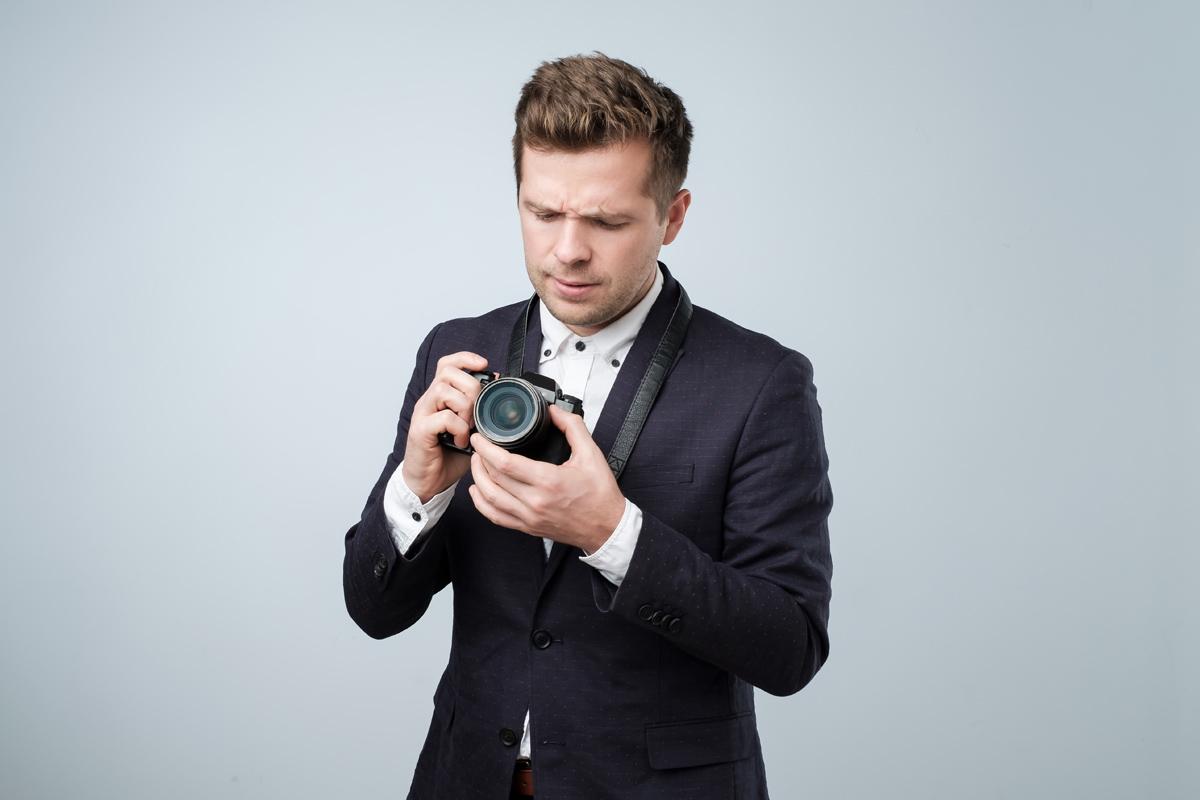 Fotograaf die niet snapt hoe een fotobooth werkt