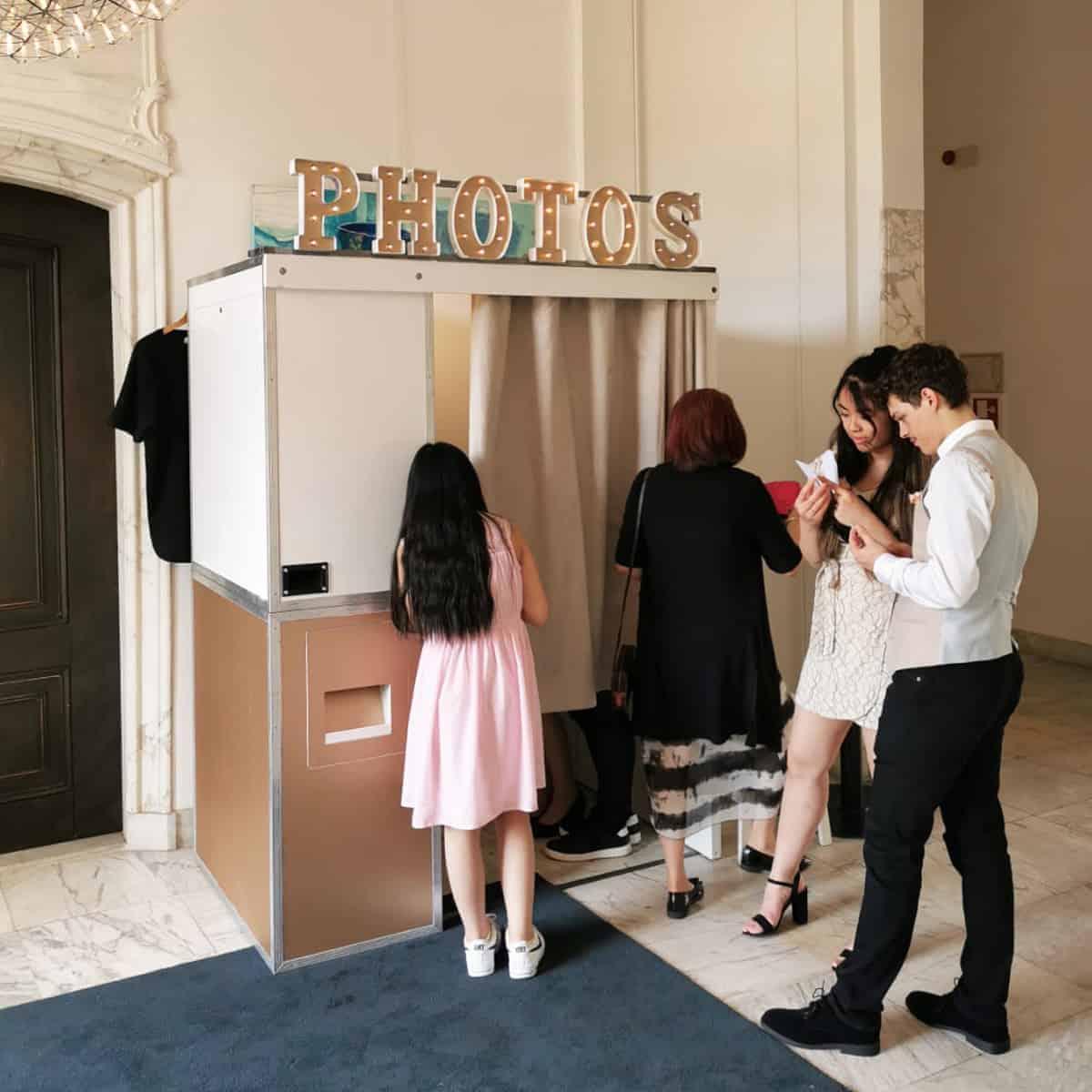 Fotohokje huren bruiloft trouw flitskast
