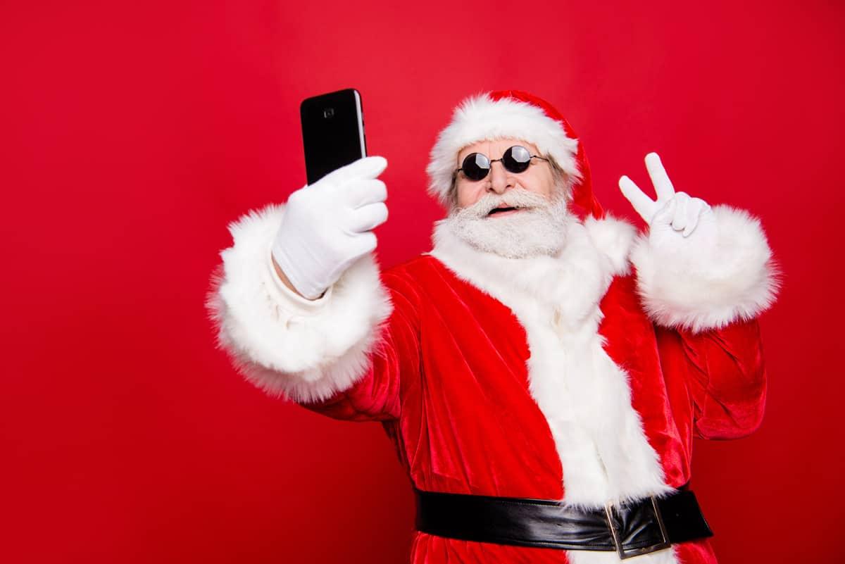 Online Kerstborrel Kerstman selfie