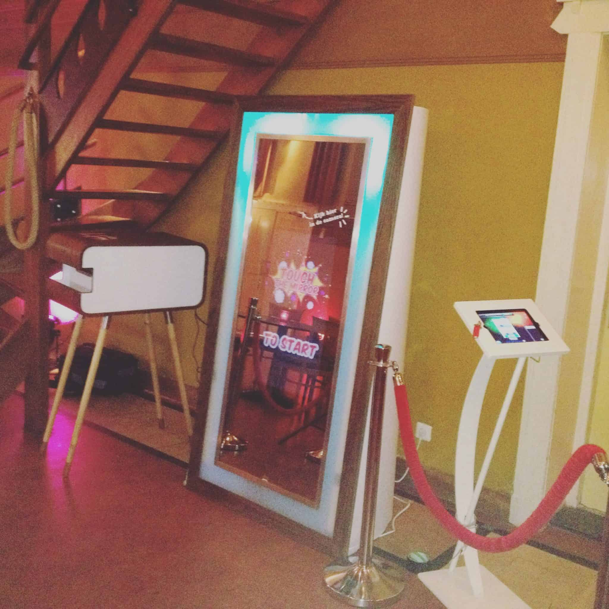 Fotospiegel photobooth huren voor je bruiloft of bedrijfsfeest